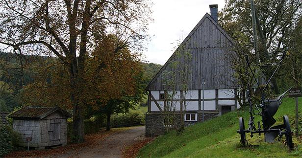 Das Bauernhaus Wippekühl mit Haferkasten