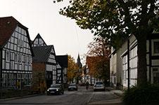 Altstadt Rüthen mit Baudenkmal Haus Buuck links
