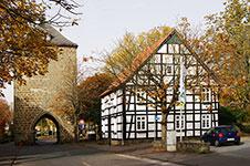 Das Hachtor in Rüthen aus dem 14 Jahrhundert ist das einzige von ehemals vier Stadttoren, das noch erhalten ist
