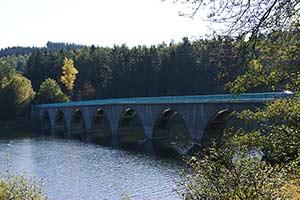 Die Klamer Brücke an der Versetalsperre bei Lüdenscheid