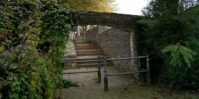 Durchlass durch die alte Stadtmauer in Breckerfeld