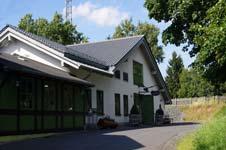 Eingang zur Fuchskauten-Scheune