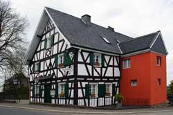 """Gaststätte """"Lindenhof"""" in Marialinden"""
