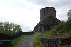 Aufstieg zur Burg Windeck
