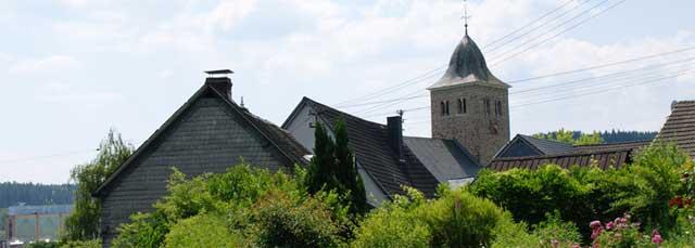 Blick auf die Ev. Kirche in Krombach