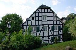 Repräsentatives Fachwerkhaus in der Bergstraße