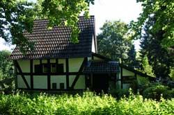 """Das """"Uhuhaus"""" in Kümmel"""