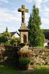 Hochkreuz am Alten Friedhof in Wipperfeld