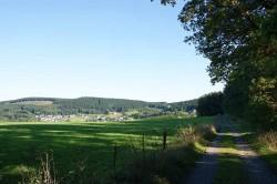 Blick nach vorn auf Brachthausen