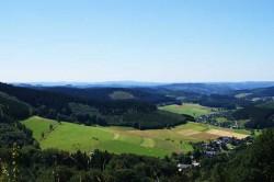 Blick vom Höhenring auf Oberndorf und Helberhausen