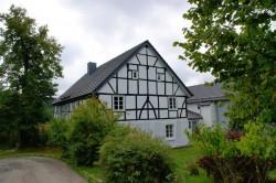 Landwirtschaftliches Anwesen im Weiler Berghausen