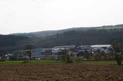 Blick vom Rundwanderweg auf Achenbach Buschhütten