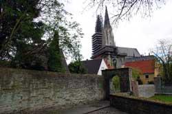 Blick von der Teichsmühle auf die Wiesenkirche