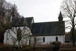 Pfarrkirche St. Johannes der Täufer in Herrenstrunden
