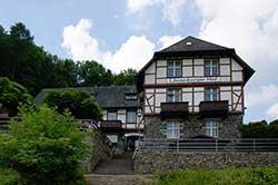 """Waldgasthaus """"Löwenburger Hof"""""""
