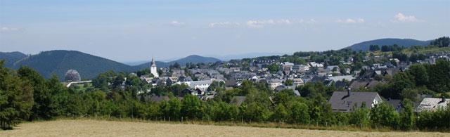 Blick vom Herrloh zurück auf Winterberg