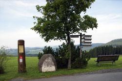 Der Grenzweg zwischen dem ehemaligen Herzogtum Westfalen und der ehemaligen Grafschaft Wittgenstein bei Langewiese