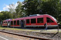 Rothaarbahn beim Halt in Lützel