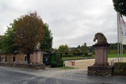 Eingangsportal zum Reitplatz des Hessischen Landgestüts in Dillenburg
