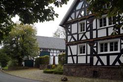 Der ehemalige Gasthof (Ruppes Hof) in Heligenborn