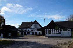 Bauernhof am Ortsrand von Berghausen