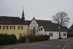 Die Heidenstraße beim Kloster St. Mariä Heimsuchung in Marienheide