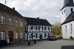 Historischer Ortskern um die evangelische Dorfkirche