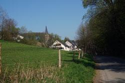 Blick auf das Kirchdorf Olpe