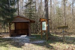 Schutzhütte auf der Rüthener Ebene
