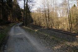 Die Schienen der Almetalbahn begleiten den Rückweg