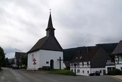 Die Kapelle St. Agatha und St. Gertrudis in Oberfleckenberg