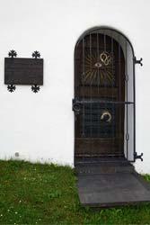 Tür der Kapelle St. Agatha und St. Gertrudis in Oberfleckenberg