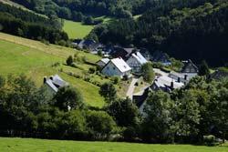 Blick von der Golddorf-Route auf Huxel