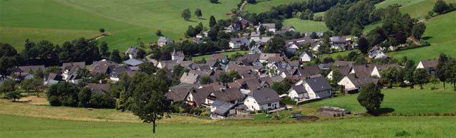 Panoramablick auf Oberhenneborn