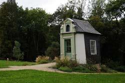 Gartenpavillon auf dem Gelände hinter dem ehemaligen  Zivilcasino