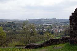 Blick von der Burgruine Windeck über das Siegtal Richtung Rosbach