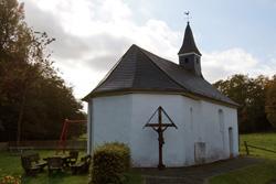 Die Dorfkapelle St. Johannes der Täufer in Kückelheim wurde im 17. Jahrhundert erbaut