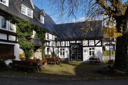 """Gasthaus """"Zur Post"""" in Rehringhausen"""
