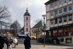 Blick über den Kornmarkt auf die Nikolaikirche