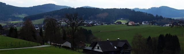 Blick vom Mäanderweg auf Rückershausen
