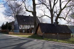 Altes Anwesen in der Dorfstraße