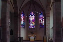 Innenraum der Jesus-Christus-Kirche