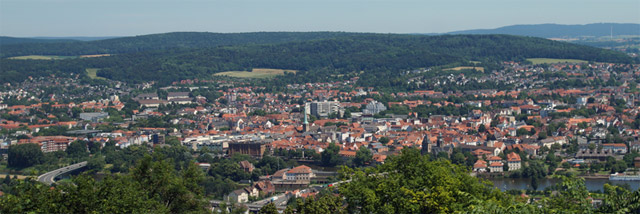 Panoramablick vom Berg Klüt auf Hameln