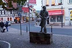 Jacob-Grimm-Denkmal