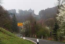 Schloss Berlepsch erhebt sich auf den Anhöhen des Werratals