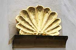 Radewiger Kirche, Jakobsmuschel